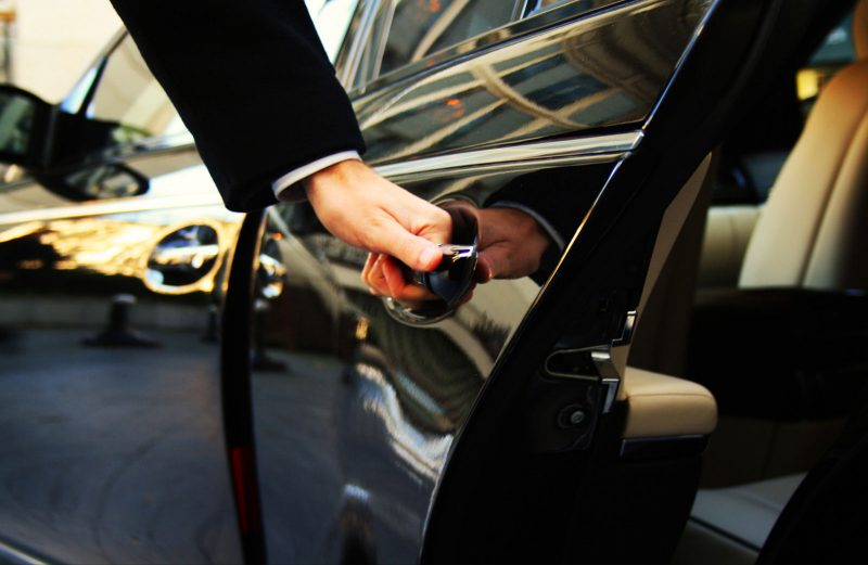 Fort Worth Chauffeur Service, Executive Airport Transfers, Corporate Travel, Events, tours, Weddings, Professional, Black Car Service, Valet Service, Sedan, SUV, Charter Bus, Shuttle, Limo, Limousine, Business