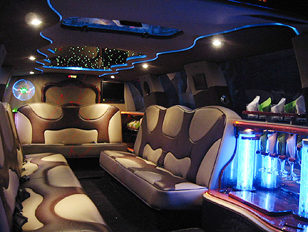 Fort Worth Ford Excursion Limo Rates, Limousine, White, Black Car Service, Wedding, Round Trip, Anniversary, Nightlife, Getaway, Birthday, Brewery Tour, Wine Tasting, Funeral, Memorial, Bachelor, Bachelorette, City Tours, Events, Concerts, Airport, SUV