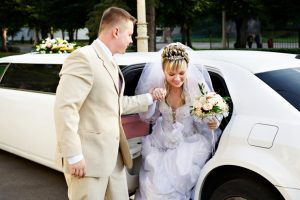 Fort Worth Wedding Getaway Limo Rentals, Rental, Sedan, Party Bus, Shuttle, Charter, Bride, Groom, Classic, Vintage, Antique, White Rolls Royce Bentley, One Way, Limousine