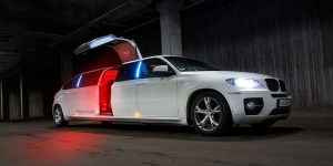 Grapevine Limousine Services, Dallas Fort Worth, DFW, Limo, Lincoln Limo, Stretch Limousine, Cadillac Escalade, Expedition Limo,, SUV Limo, Hummer Limo, Birthday, Bachelor, Bachelorette, Quinceanera, Wedding, Funeral, Prom, Homecoming